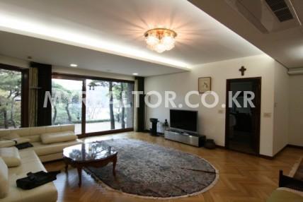 성북동 – 최고급 타운하우스 단독주택